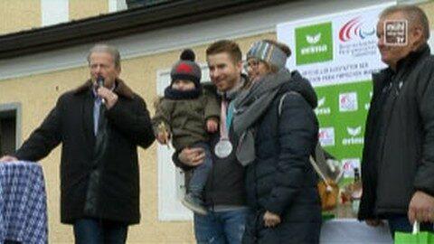 Empfang von Paralympic-Sieger Patrick Mayrhofer in Helfenberg