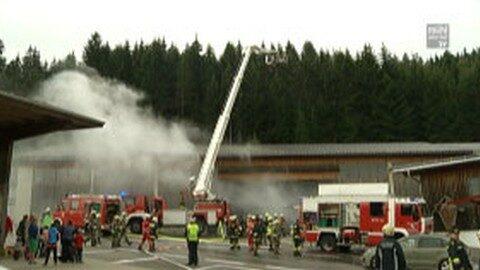 Feuerwehrübung bei der Firma Buchner in Unterweißenbach