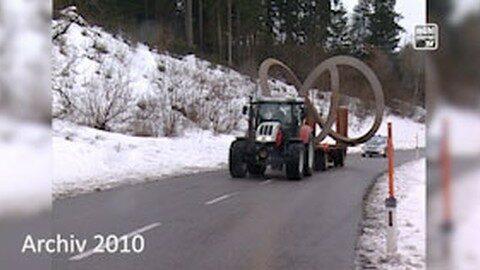 Rückblick: Kunstwerk auf Kreisverkehr Altenfelden 2010