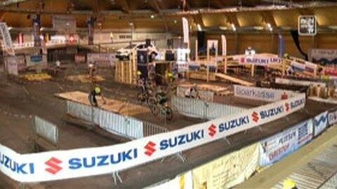 24 Std. Indoor Mountainbikerennen in der Messehalle Freistadt