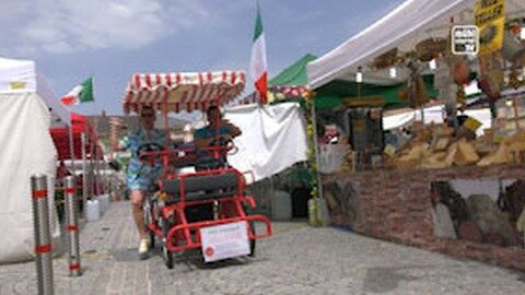 """Italienischer Markt in Freistadt – Präsentation neue Single """"Hausmasterstrand"""""""