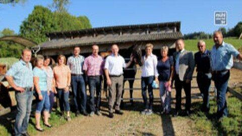 LR Hiegelsberger besucht Pferdehof Ollmann als Spezialist für Missouri-Foxtrotter