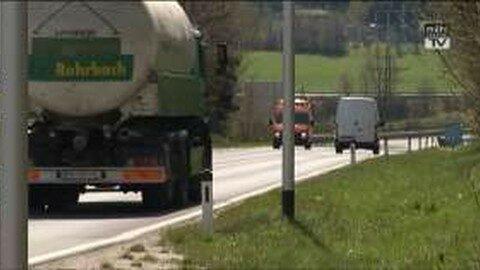 """Verkehrsfreigabe für Straßenabschnitt """"Lanzersdorf"""" an der B 127"""