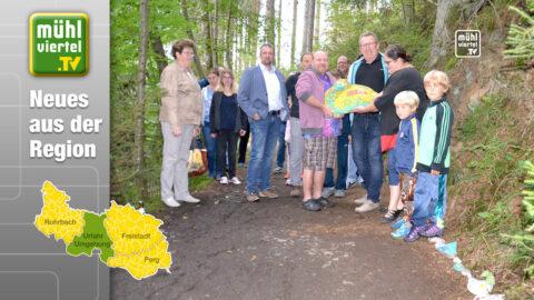 Bunte Steinschlangen am Bienenerlebnisweg in Zwettl an der Rodl