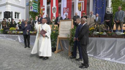Gedenktafelenthüllung für Josef Freiherr von Weiß in Bad Zell