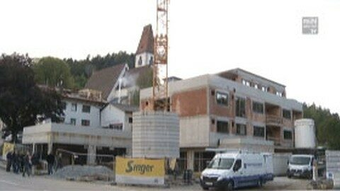 "Firstfeier ""Neue Mitte Hirschbach"" – Firma Regnis Immobilien GmbH"