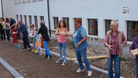Aktion Bücherwurm – Übersiedlung in die neue Bibliothek Lichtenberg