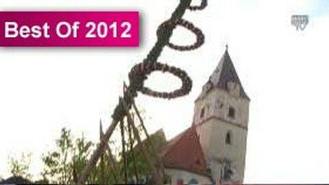 Maibaumaufstellen in Perg 2012