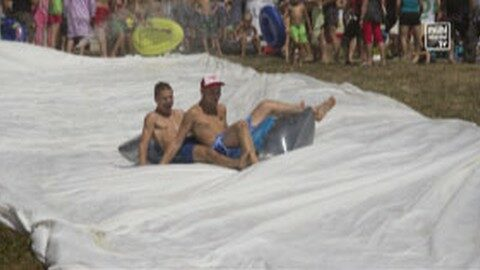 1. Silo Water Sliding Event der JVP Oberneukirchen-Waxenberg-Traberg