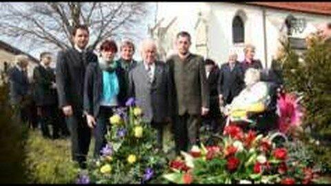 """25. Todestag des """"Vaters des Mühlviertels"""" – Kranzniederlegung für Johann Blöchl"""