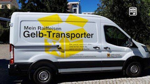 Raiffeisen Gelb-Transporter unterwegs im oberen Mühlviertel
