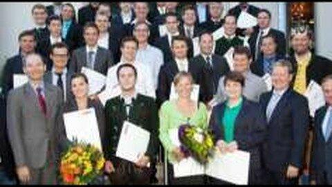 40 neue Baumeister und 29 neue Zimmermeister für OÖ