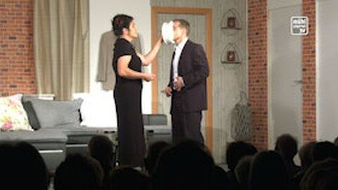 "Theater Hirschbach: ""Das (perfekte) Disaster Dinner"""