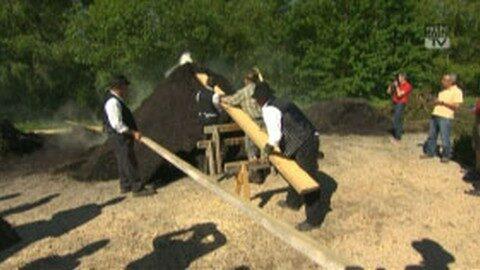 Kohlemeiler und Eröffnung Feuerwehrerlebnisweg Sandl