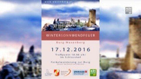 Wintersonnwendfeuer auf der Ruine in Waxenberg