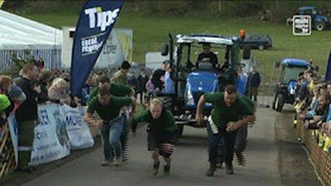 """""""Pull it""""- Traktorziehen in Altenschlag"""